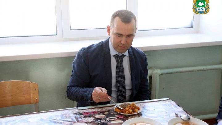 «Нормально»: Вадим Шумков оценил обед в одной из школьных столовых Кургана