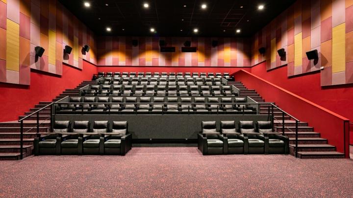 В Новосибирск заходит новая сеть кинотеатров — она займет залы ТРЦ «Галерея», которые пустовали 1,5 года