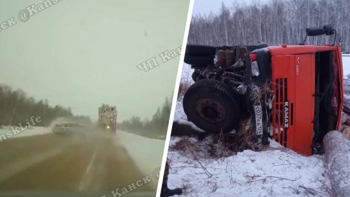 Водитель на «Ладе» снес с дороги груженый лесовоз и сам попал в реанимацию