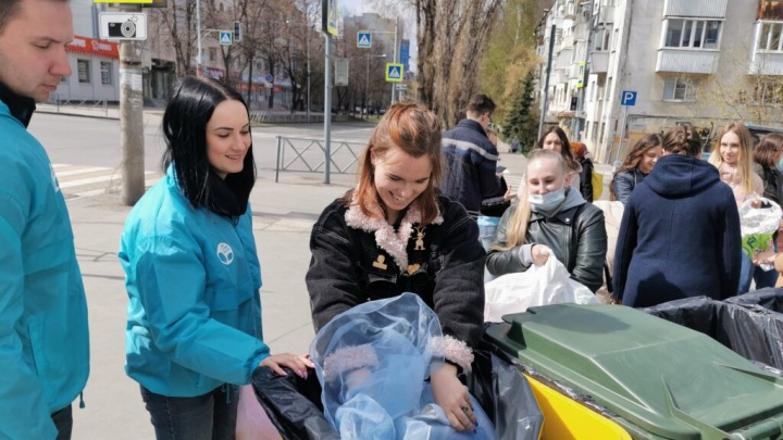 Вторая жизнь вещей: «Экомобиль» привез новый гардероб жителям Подбельска