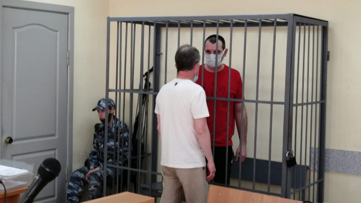 «Это подрыв деловой репутации»: в Екатеринбурге угонщик элитных авто выступил с последним словом в суде