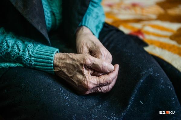 Пожилая женщина может остаться без квартиры из-за кредита в микрозаймах