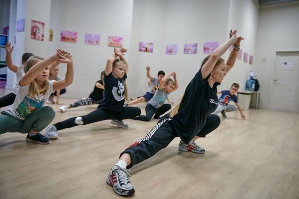 """Новая студия «Планеты танцев» в «Соломбала Молле» находится на <nobr class=""""_"""">3-м</nobr> этаже"""