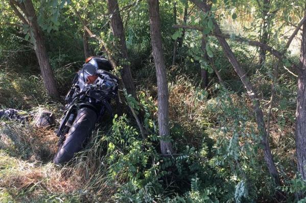 Очевидцы вызвали скорую помощь, но это не спасло молодого человека