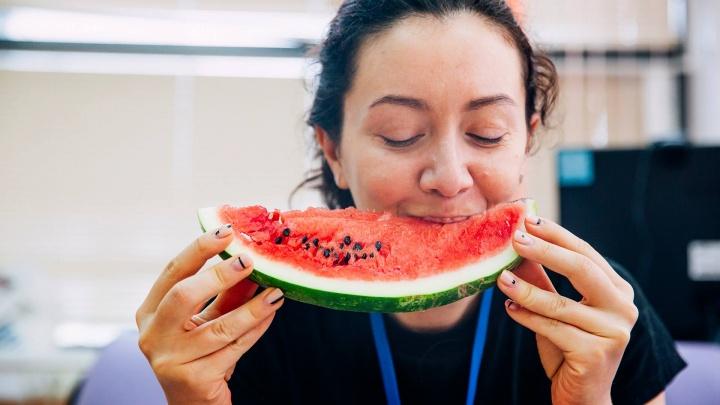 Ешьте их целиком: разбираемся, сколько пользы в косточках овощей и фруктов
