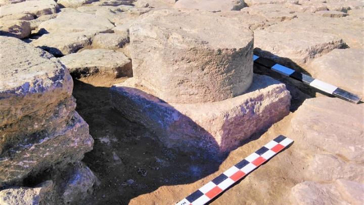 Под Анапой ученые нашли древний алтарь бога Гермеса