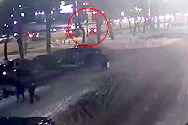Сбивший мальчика водитель Renault Logan настаивает на своей полной невиновности, и ГИБДД пока склоняется к тому же