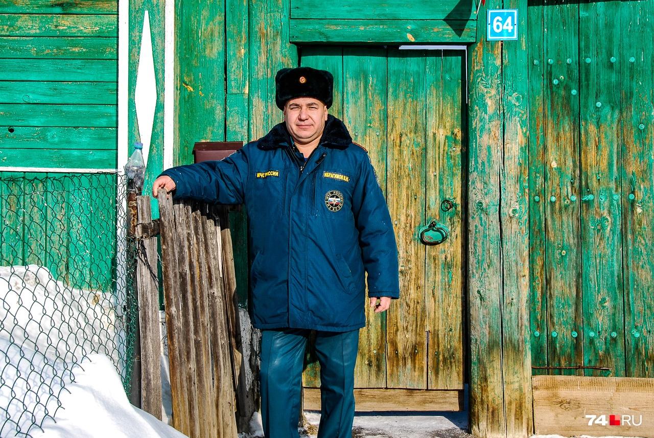 """В этом доме Виталий прожил около <nobr class=""""_"""">15 лет</nobr>"""