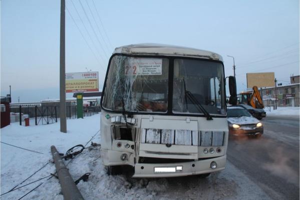 Авария произошла накануне на улице Омской