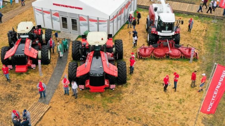 На «Дне Донского поля» представили агромашины Ростсельмаш с высокой степенью автоматизации