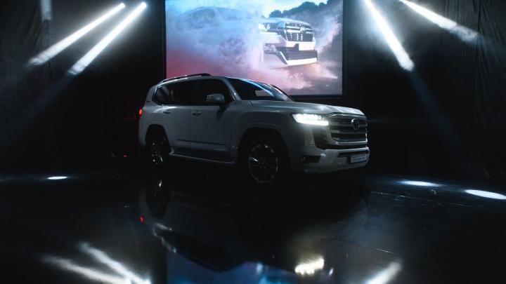 Покорит любые дороги: VERRA презентовала в Перми новый Land Cruiser 300
