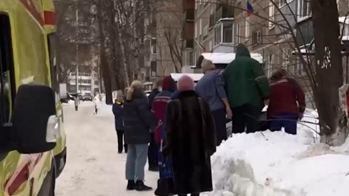 В Перми женщина выжила после падения с девятого этажа. Видео