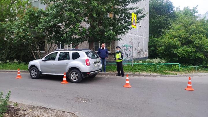 В районе Автовокзала внедорожник сбил маму с ребенком. Малыш попал в больницу