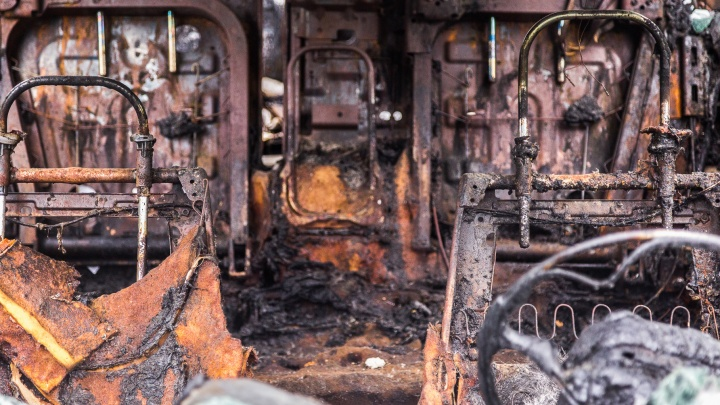 В Волгоградской области мужчина обгорел, пытаясь спасти старую «Ладу»