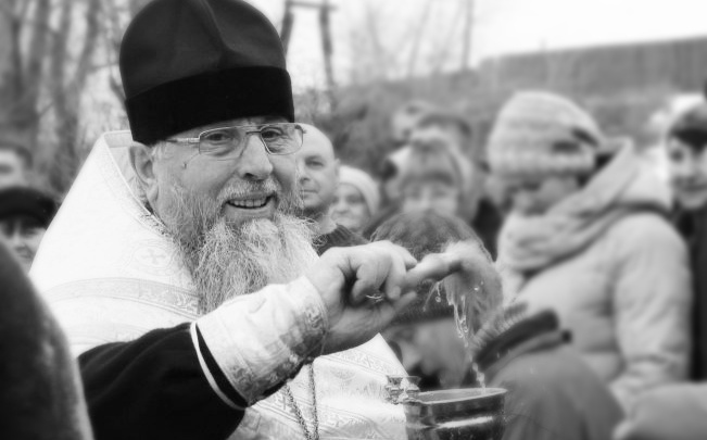 Два месяца боролся с пневмонией, но она оказалась сильнее: в Волгограде умер старейший клирик Калачёвской епархии