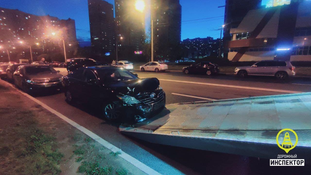 Спустя две недели попался на том же: ДТП в Петербурге устроил неадекватный водитель BMW