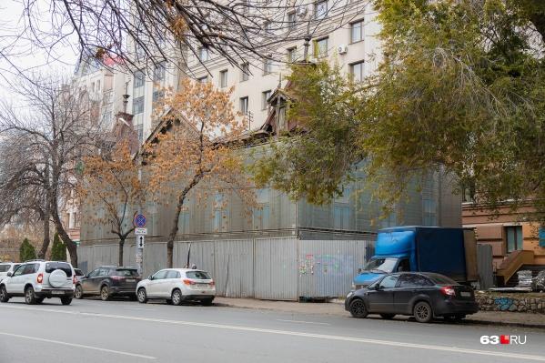 Дом Маштакова уже больше 20 лет находится в заброшенном состоянии