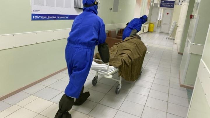 За неделю от коронавируса скончались 9 жителей Тюменской области — самому молодому 33 года