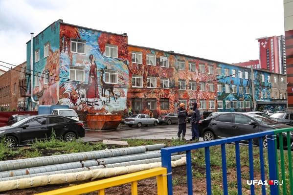 Яркие граффити могут превратить унылое здание в произведение искусства