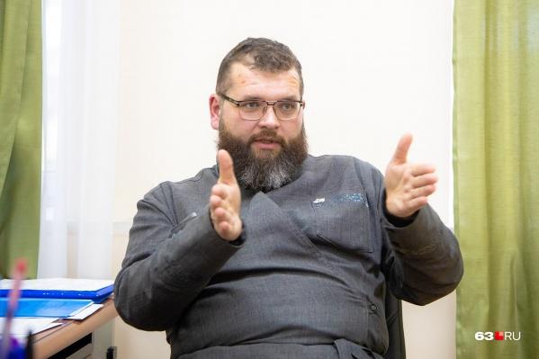 Максим Сергеевич рассказал о своем пути к вере и ответил на не очень удобные вопросы