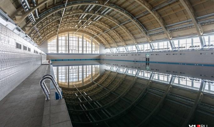 «Проблему с вышками пока не решили»: в Волгограде с недоделками ввели в эксплуатацию Центральный бассейн