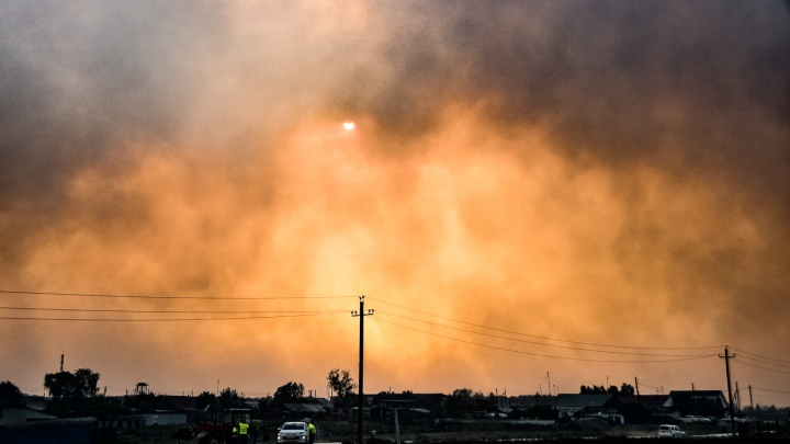 Сумеречная зона: репортаж из эпицентра ЧП в Челябинской области, где сгорели десятки домов
