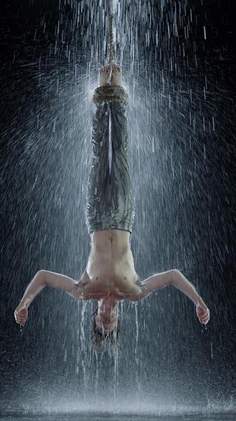 Мученик воды. 2014 © Bill Viola Studio