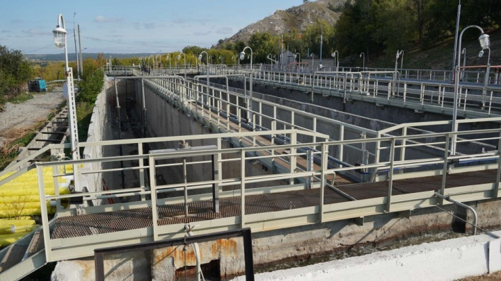 Дмитрий Азаров пригрозил чиновникам отставкой за недостроенные водоводы