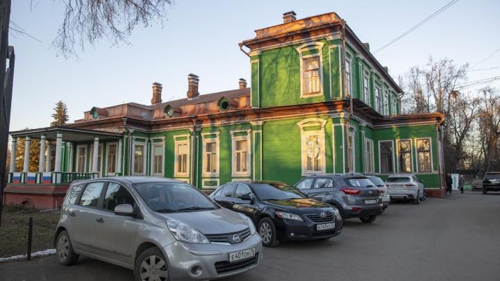 Перекраивали город для своих жен: в Ярославской области двух депутатов уличили в конфликте интересов