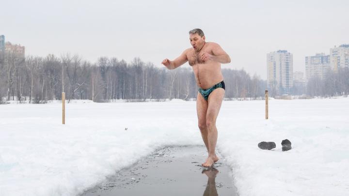 Нижегородские моржи отметили Крещение. Фоторепортаж, который пробирает до костей