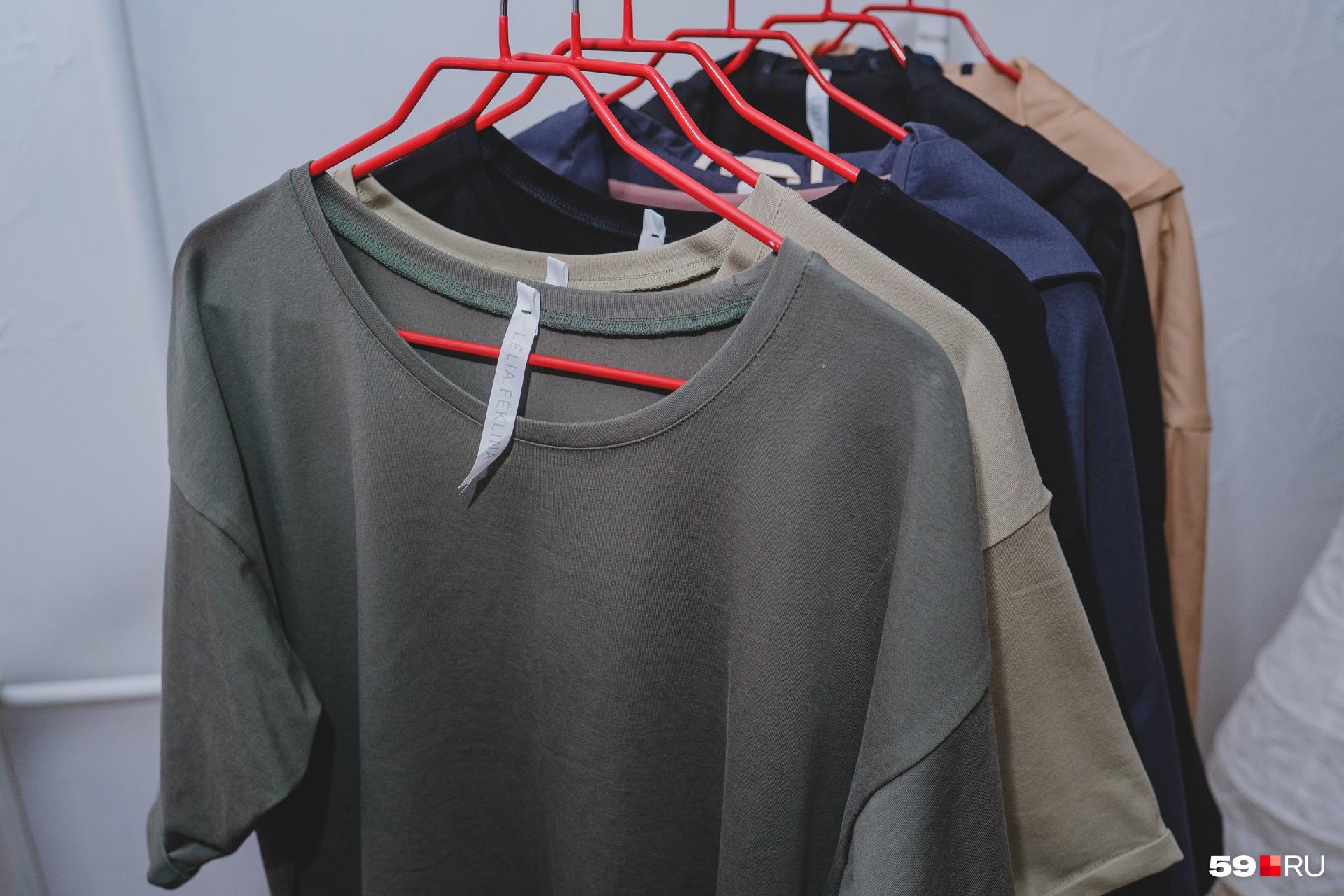 На каждом предмете одежды есть бирочка брендаLëlia Fëklina