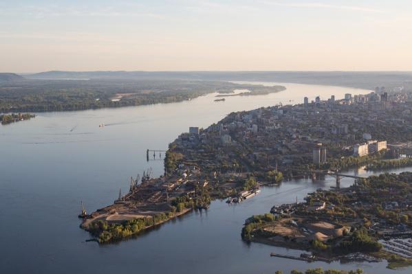 Застройщик хочет возвести многоэтажные дома у реки