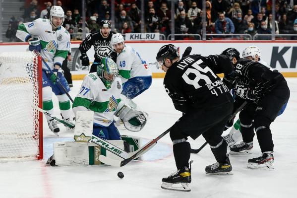 Хоккеисты «Трактора» не забросили ни одной шайбы в ворота соперников