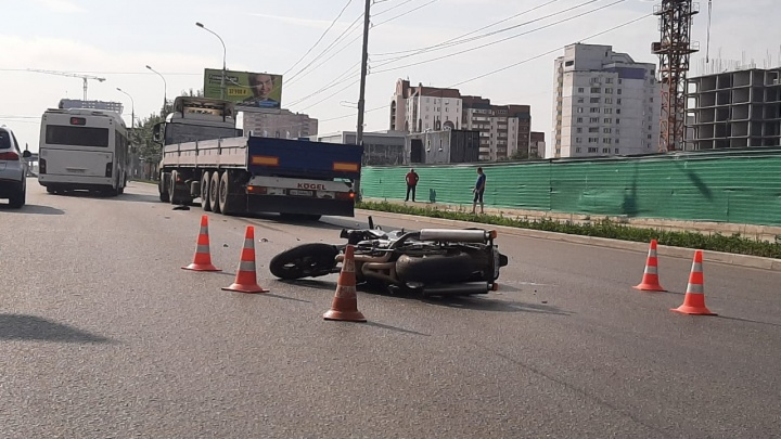 Появилось видео смертельной аварии с мотоциклистом на Большевистской в Новосибирске
