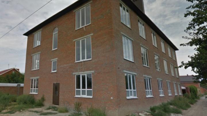 Власти Ростова выставили на продажу трехэтажный коттедж за бесценок
