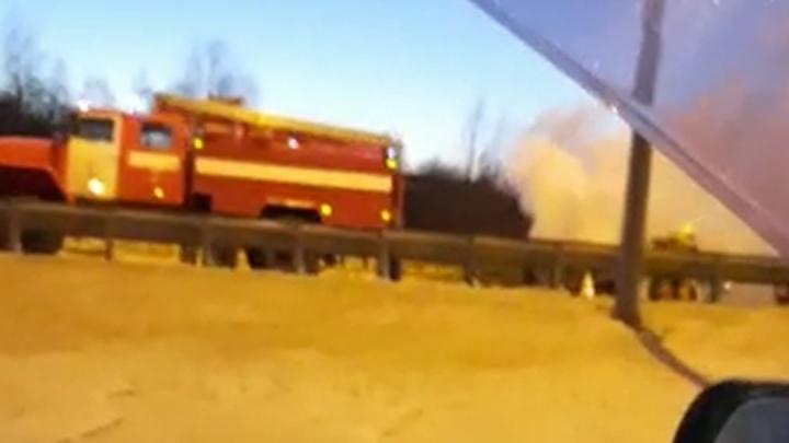 На Кольцовском тракте сгорел автомобиль каршеринга
