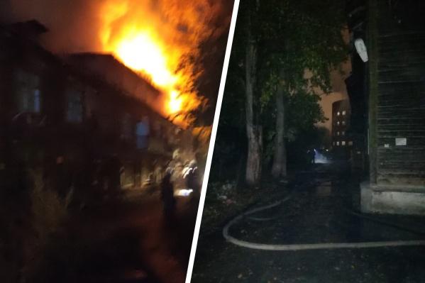 Огонь повредил мансардный этаж дома