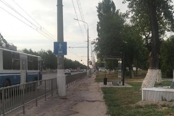 Новая «стекляшка» остановки появилась в районе улицы Енотаевской