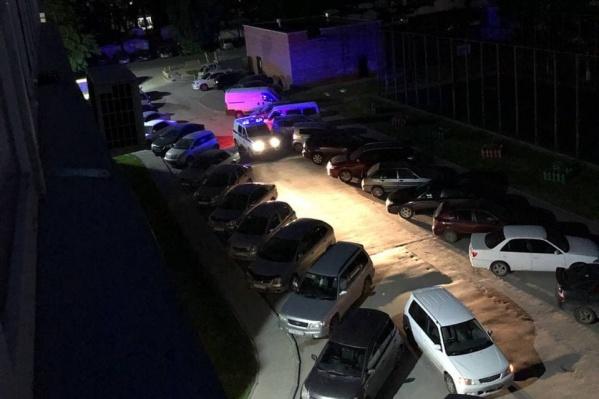 Конфликт произошел возле дома по адресу Зорге, 94
