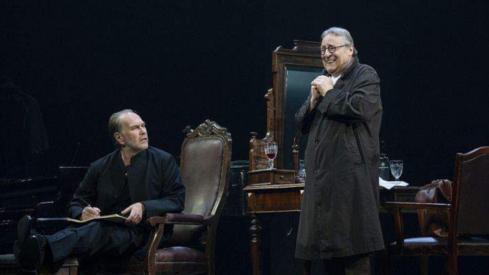 Театр имени Вахтангова приезжает в Пермь на гастроли. В спектаклях сыграют Хазанов, Олешко и Аронова