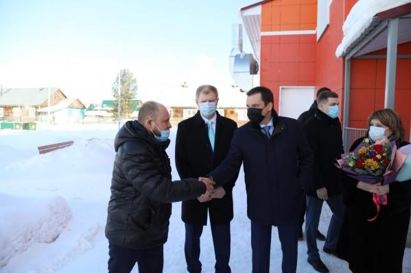 На торжественное открытие садика приехал губернатор Архангельской области Александр Цыбульский