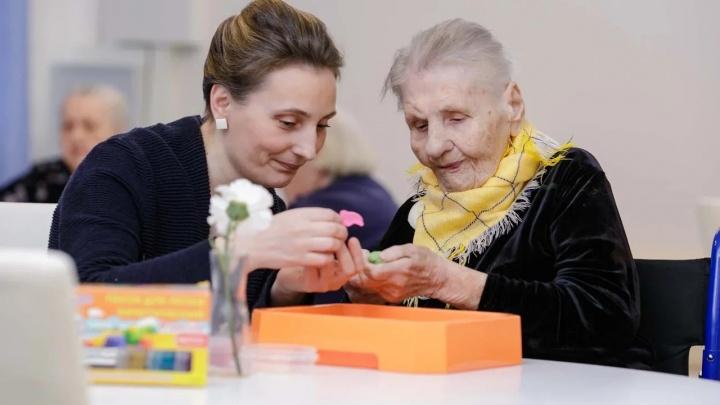 В Челябинске запустили «Осенний чек-ап» для пожилых людей, где можно комплексно проверить здоровье