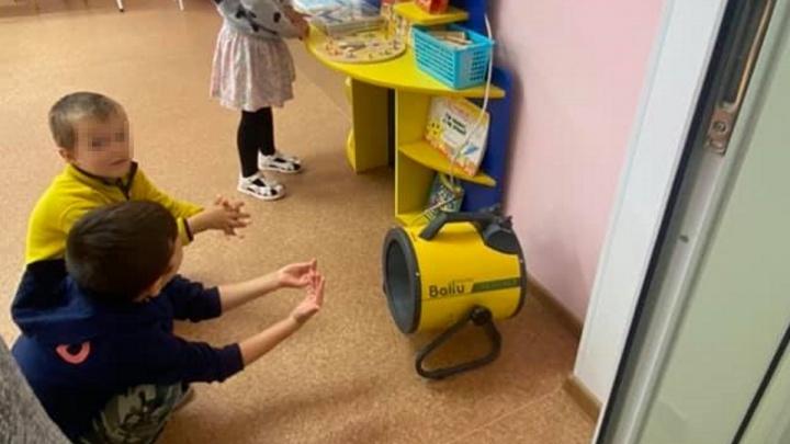 «Принесли тепловую пушку, чтоб дети грелись»: новый детсад в Элите на грани закрытия из-за проблем с отоплением