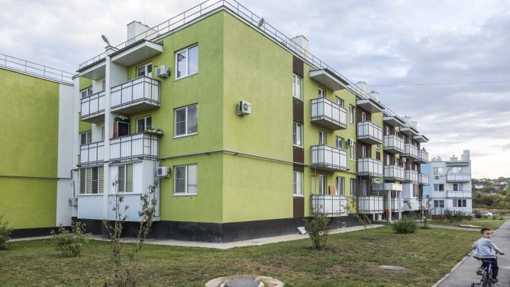 «Только смертники могут жить так»: в Волгограде ищут квартиры для жителей треснувшего дома