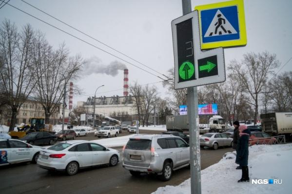 В 2021 году дорога на площади Труда по-прежнему будет серьезно сужена
