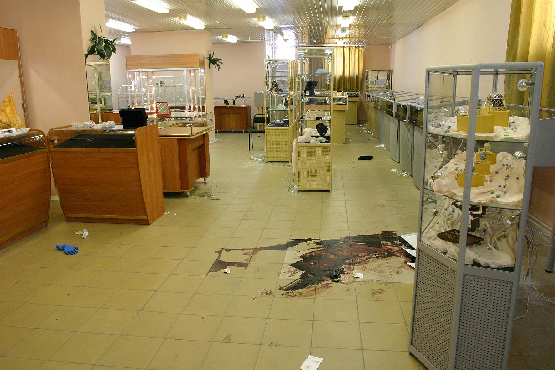 План нападения на ювелирный магазин был продуман до мелочей