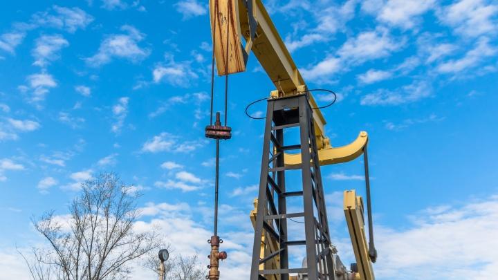 Добыча нефти в Югре впервые упала на 11% за год. Эксперты объяснили, что это значит