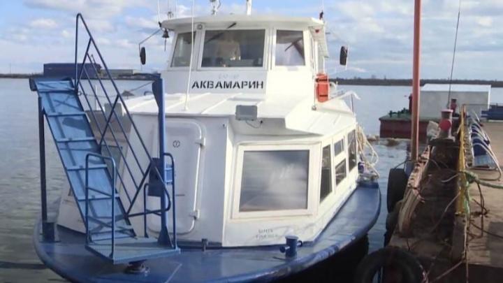 Из-за ветра в Архангельске частично приостановили работу теплоходов