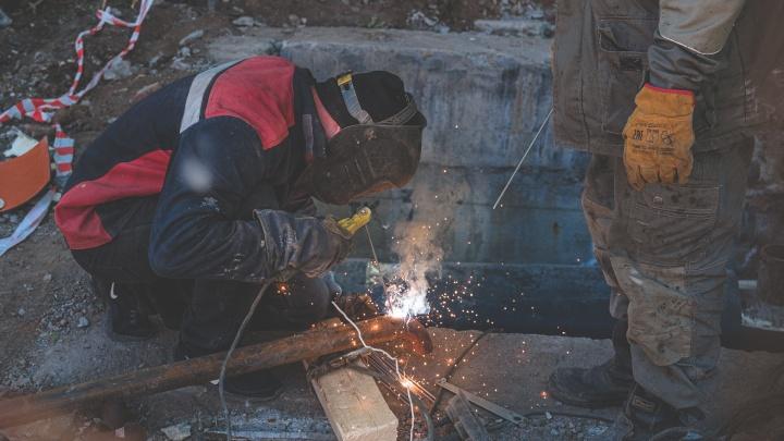 Для опрессовки в пяти районах Перми отключат горячую воду