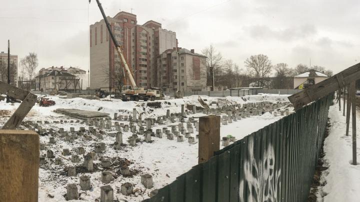 На Пятёрке в Ярославле хотят втиснуть гостиницу в 17этажей и еще немного высоток